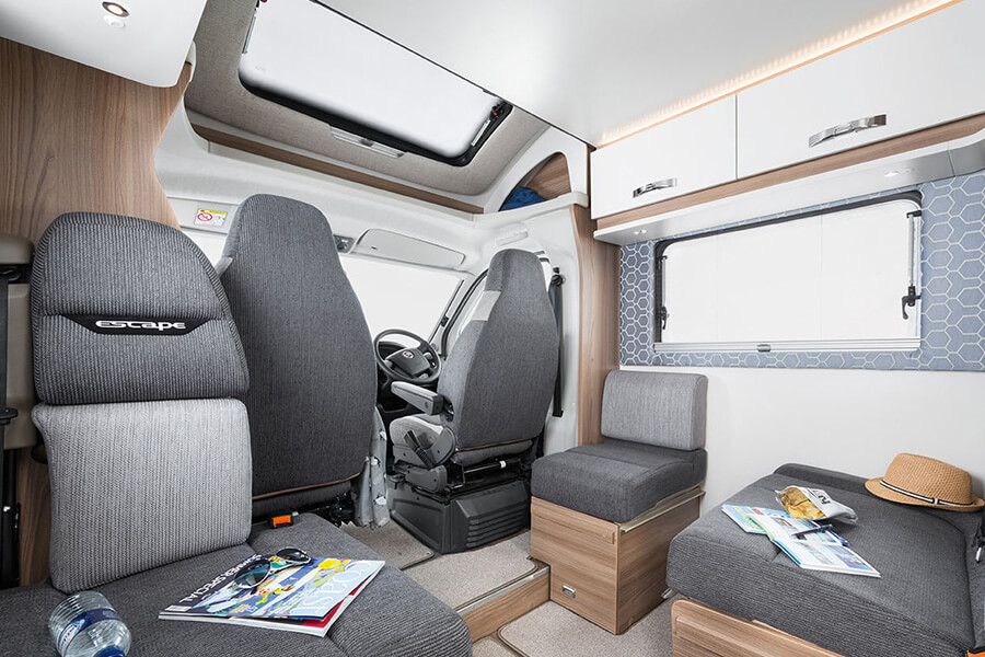Escape 664 interior